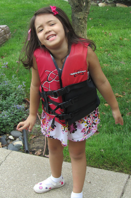 Red lifejacket, her favorite!