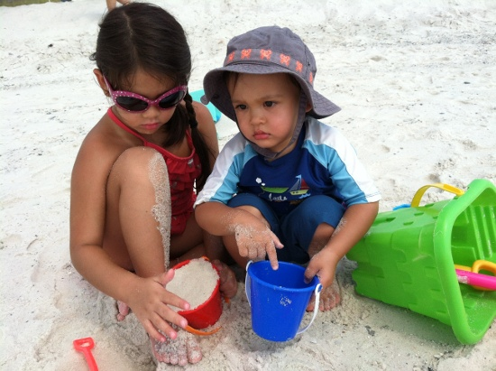 Red for Yaya (with sand), Blue for Adik (he wants more water in it)