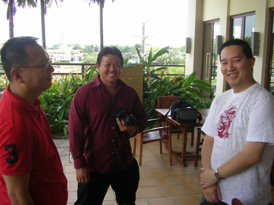 Kok Soon and Tern Lik speak with Sharon's husband Rupert