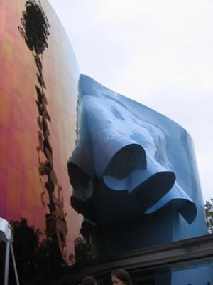 I think this is part of the Science Fiction Museum/Experience Music Project building