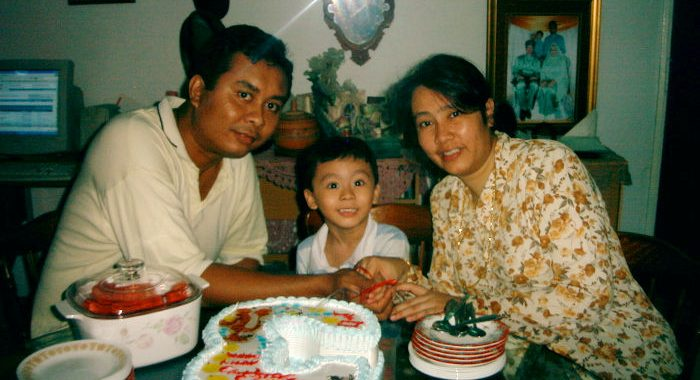 Irfan, his dad and mom