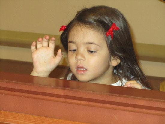 Yaya wants her Adik!