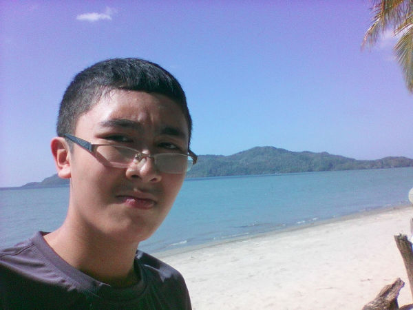 International Irfan at the beach