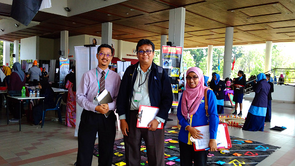 Arrival at the UUM library concourse