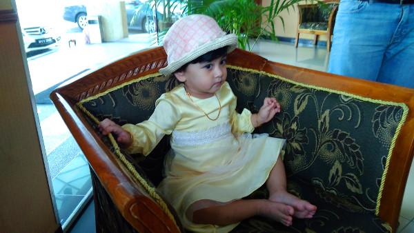 Nia awaits her chariot