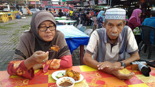 Grandparents of Irfan, Yaya and Adik the Younger
