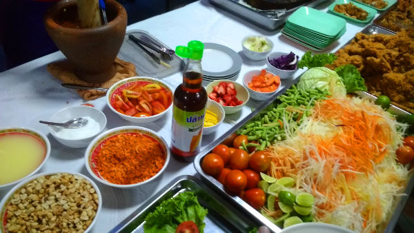 The som tam table