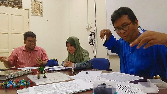 Ay-Gee-Seven Meeting Room