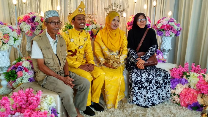 Atok, Opah and the newlyweds