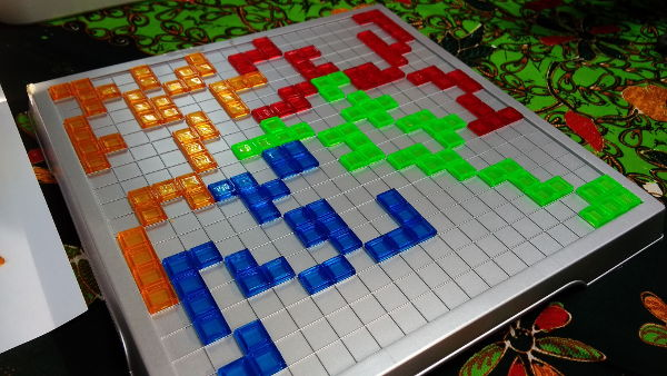 Close up of the Blokus board