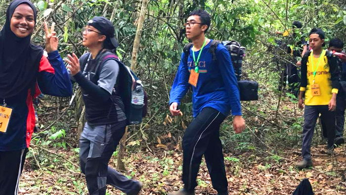 Irfan takes a hike