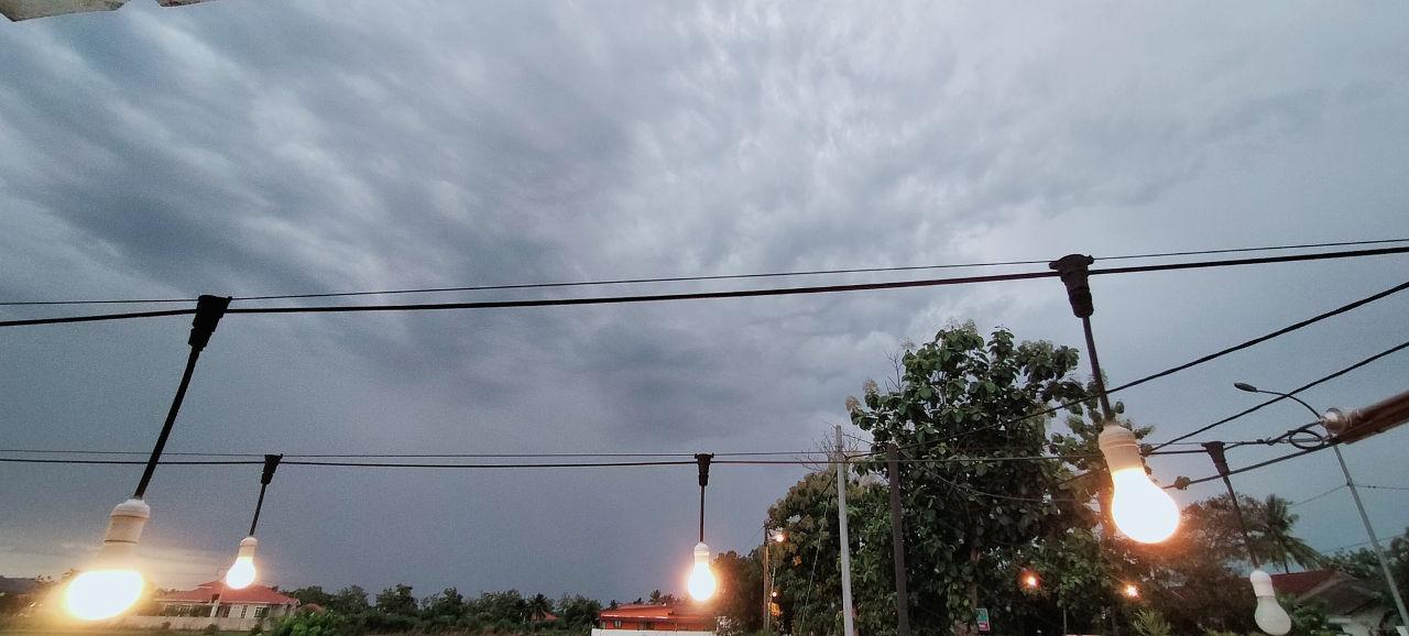 Evening cloudscape June 2020